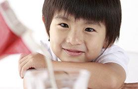 Giải đáp những thắc mắc mà các mẹ thường gặp khi sử dụng sữa bột cho bé