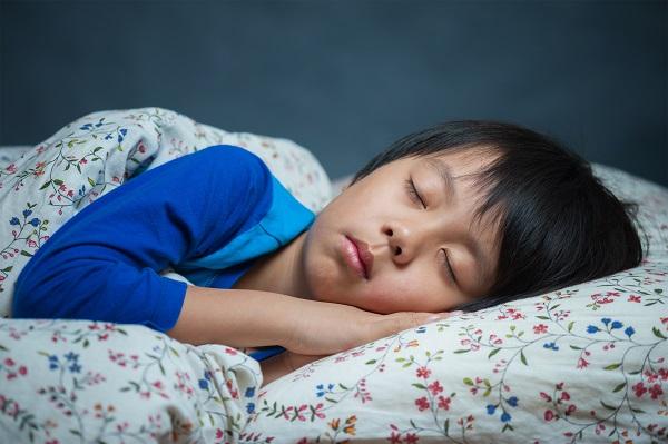 Suy dinh dưỡng khiến bé thường xuyên bị bệnh, ảnh hưởng nghiêm trọng đến sự phát triển của bé