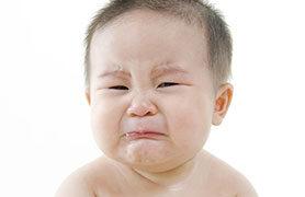 Mẹ đã biết cách chữa đầy bụng cho trẻ sơ sinh theo dân gian chưa?