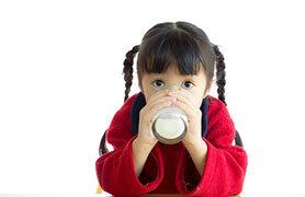 Cách bảo quản và sử dụng sữa bột trẻ em